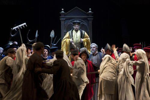 Click here to enlarge (photo: Lelli e Masotti / Teatro dell'Opera di Roma)