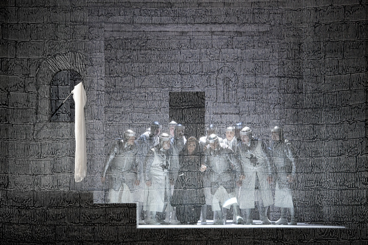 Click here to enlarge (photo: Salzburger Festspiele / Monika Rittershaus)